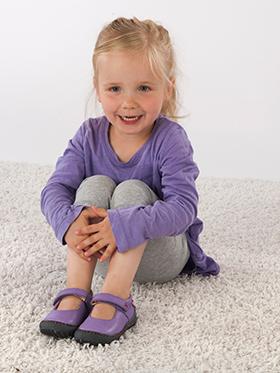 Pololo Kinderschuhe: Laufen lernen, mit weichen, schadstofffreien Schuhen.