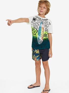 Top modische Kinderbekleidung der Marke Desigual